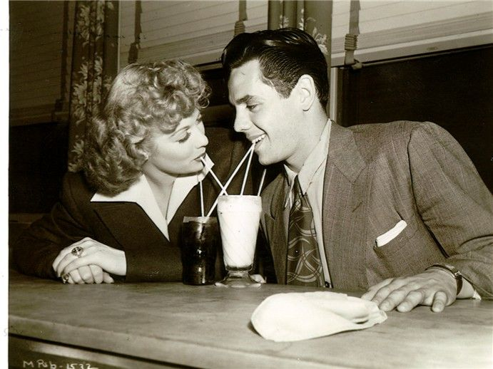 .Desi Arnaz, Vintage, Lucile Ball, Lucille Ball, Hollywood, I Love Lucy, Favorite, People, Lucy And Desi