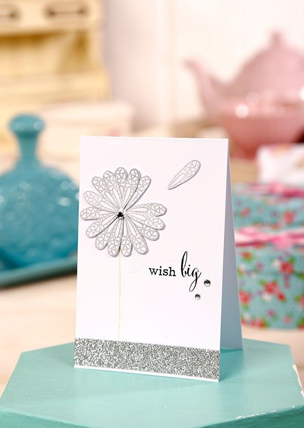 A fantastic use of your FREE dragonfly embossing die & stamp set from Simply Cards & Papercraft 134 by @caryn_davies1! Grab your free die & stamp set here: http://www.moremags.com/home-page-scroller/issue134-simply-cards-papercraft