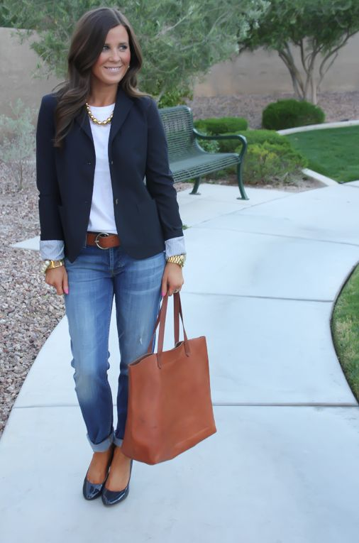 Navy blazer, boyfriend jeans, white t, patent heels, cognac bag