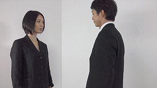 「肩当」OL八極拳!オフィスでの護身術から恋愛術まで、中国拳法を日常生活で使ってみた。 - ライブドアニュース