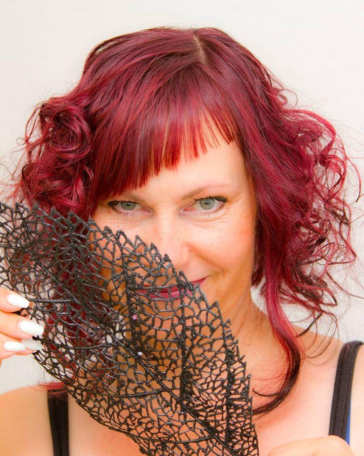 Naturally beautiful and yet an eye-catcher – you can do both with red hair! … #frieren #frisurendamskurz #frisurenherren #herrenfrisuren