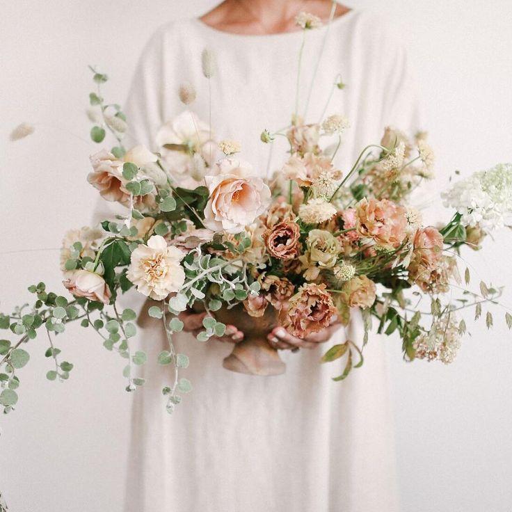 Blush Nursery With Neutral Textures: Best 25+ Neutral Wedding Flowers Ideas On Pinterest