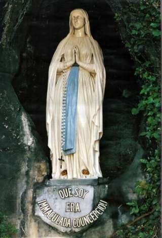 Lourdes . Francia....loved it there.Can i go back?! :)