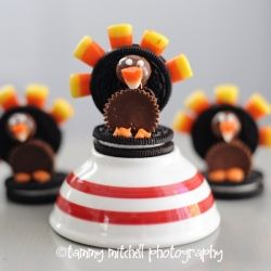 Make these cute thanksgiving turkey cookies for your thanksgiving table. They only require a few easy ingredients.