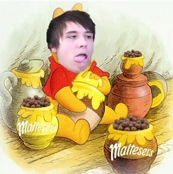 *shakes head* This fandom... <<< omg just stfu>>> the phandom is freaking amazing and I love it