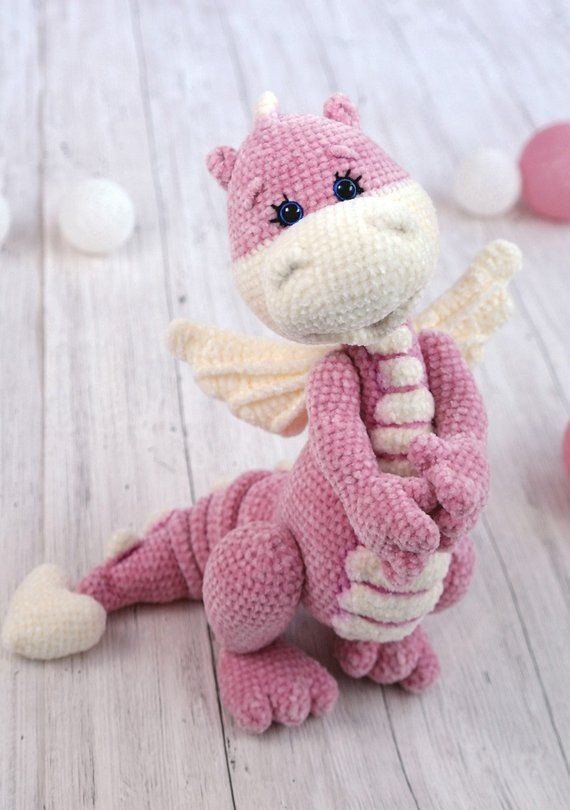 Mini Dragon Crochet Amigurumi Pattern | 810x570