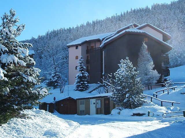 Séjour ski moins cher à la Résidence Le Solaret Montalbert