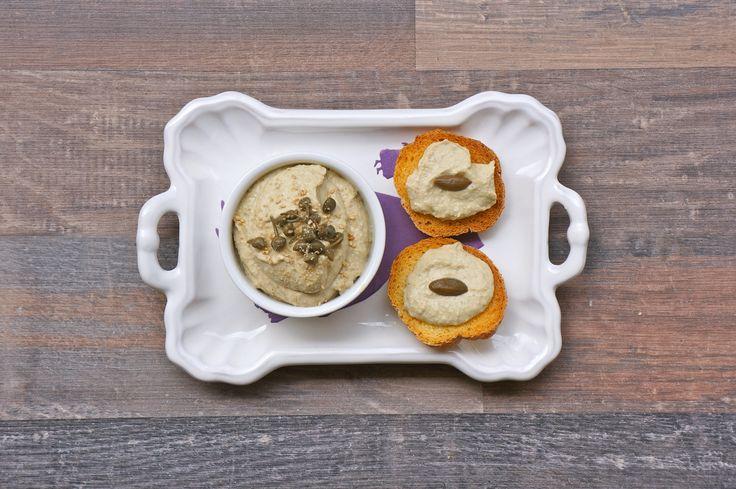 Hummus di Cicerchie e Capperi