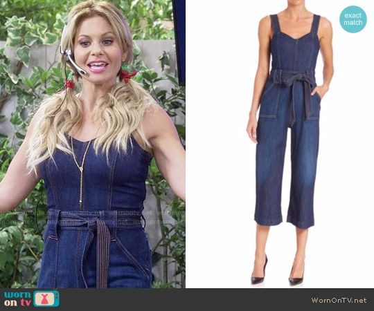 DJ's denim jumpsuit on Fuller House.  Outfit Details: https://wornontv.net/64412/ #FullerHouse