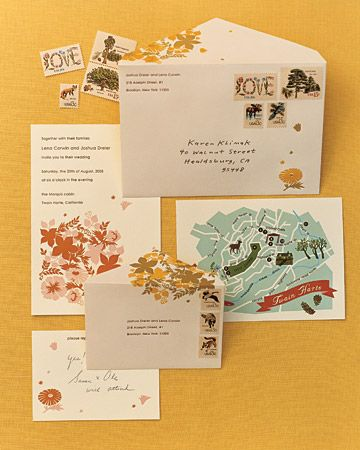 The detail on this envelopes is gorgeous! Just goes to show what an impression beautiful #weddinginvitations can make!