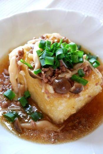 #豆腐 <揚げだし豆腐そぼろあんかけ> ごま油と麺つゆでカンタン味付け♪揚げ出し豆腐です。
