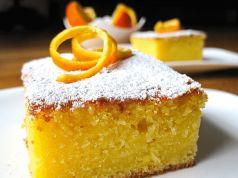 Super rychlá pomerančová buchta, která je uvnitř vláčná a jemná