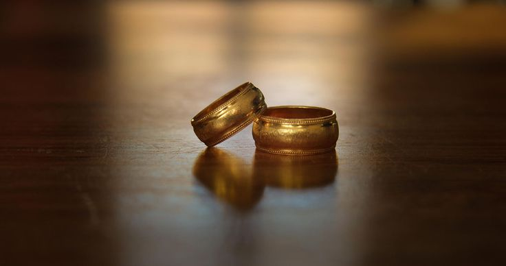 A shot of our wedding bands :)