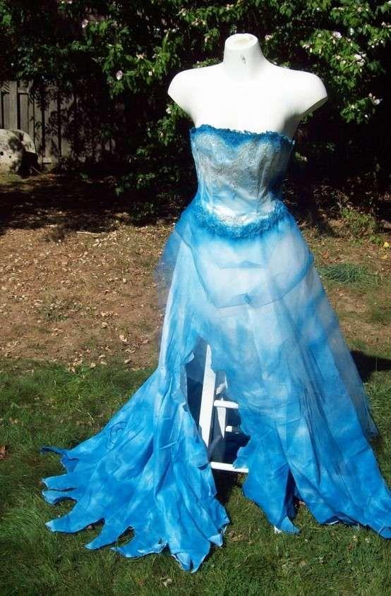 Costume Halloween fai da te da sposa cadavere - Vestito azzurro