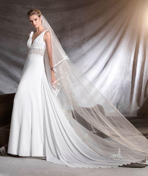 Vestidos de novia para mujeres con mucho pecho 2017: Diseños que te harán lucir fantástica Image: 32