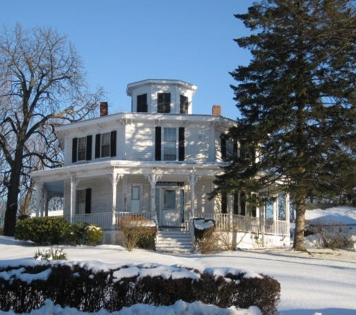 Stoneham MA Octagon House by Good Millwork, via Flickr