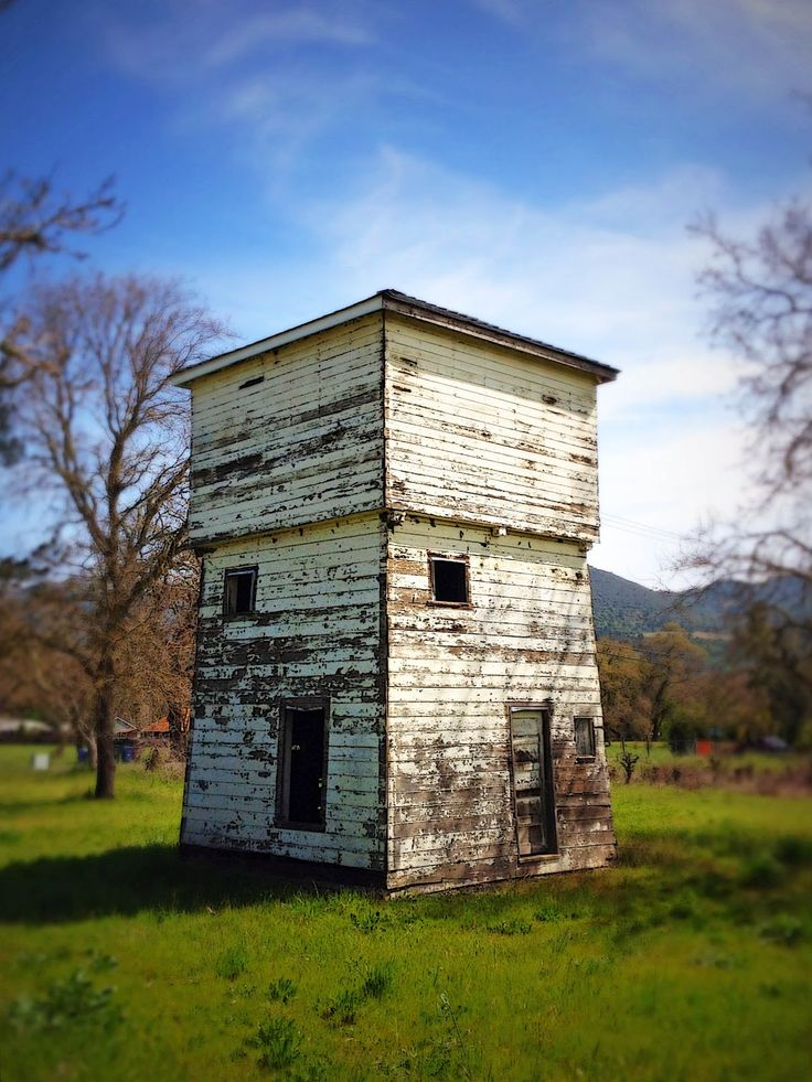 57 best images about our farm water tower tankhouse on for Farmhouse tower