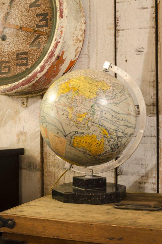 #globe terrestre. www.brocantedelabruyere.com