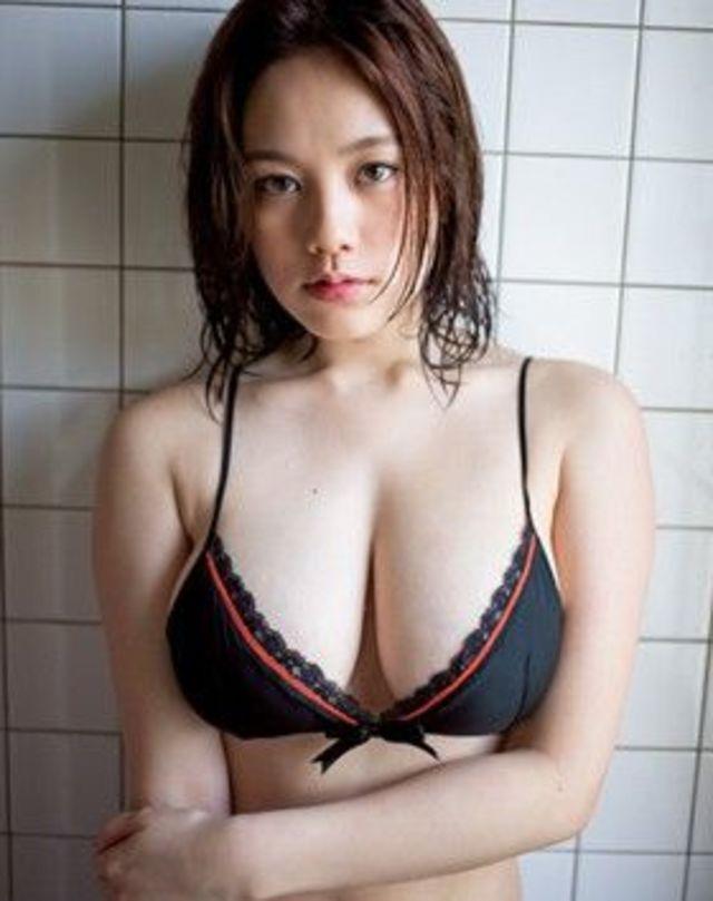 勃起が収まらない…筧美和子のHカップの競泳水着が凄すぎて共演者が大変らしいwwwwwww #筧美和子 #おっぱい の画像 16