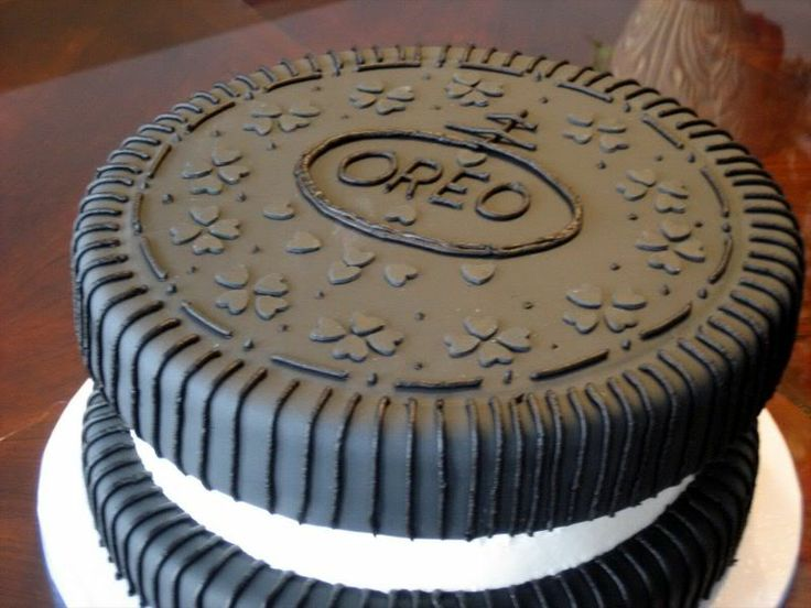 Cake Decorating Ideas With Oreos : OREO cake picture Fondant cakes Pinterest Oreo cake ...