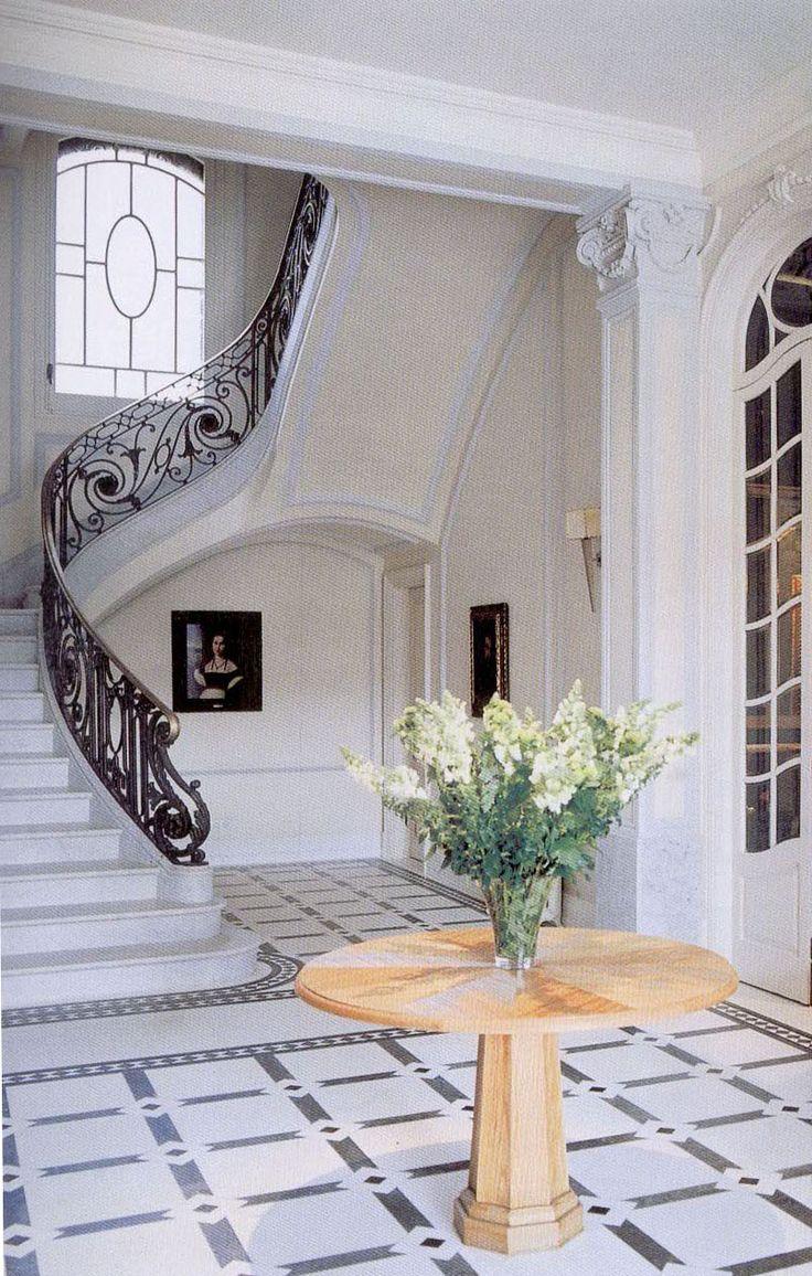 encuentra este pin y muchos ms en marble staircases classic design escaleras clsicas en piedra stairs de ballesta