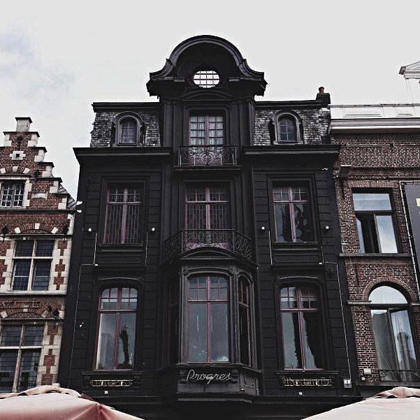Pin von end auf re pinterest architektur fassaden for Gothic wohnen