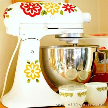 DIY Vintage Pyrex Inspired Mixer Decals.  I LOVE THIS!