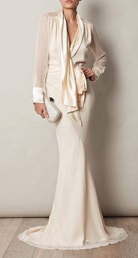 Classy gown from Sophie Theallet