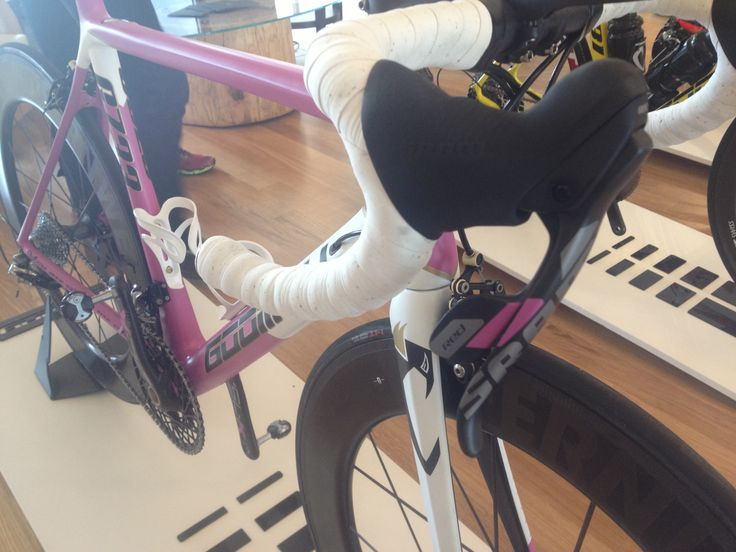 We can also change the SRAM shifter color.   #SRAM #S7 #GameChanger #GOOMAH #equipeexploit