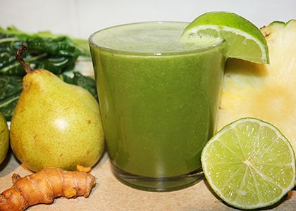 Sweet Pear Turmeric Juice | INGREDIENTS: 2 pears ¼ pineapple 2 celery stalks 2 swiss chard leaves (silverbeet) 1 in (2.5 cm) piece of fresh turmeric 1 lime
