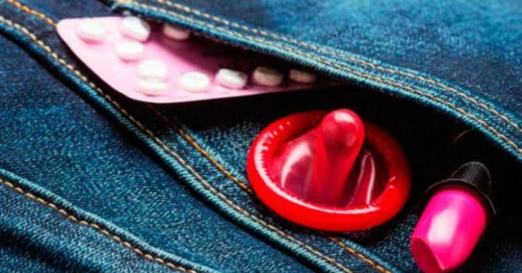 La educación sexual, también tiene que ver con la salud, la prevención del embarazo no deseado, la planificación familiar, los derechos sexuales y reproductivos y más que puedes conocer aquí: http://www.educacion-sexual.com.mx/