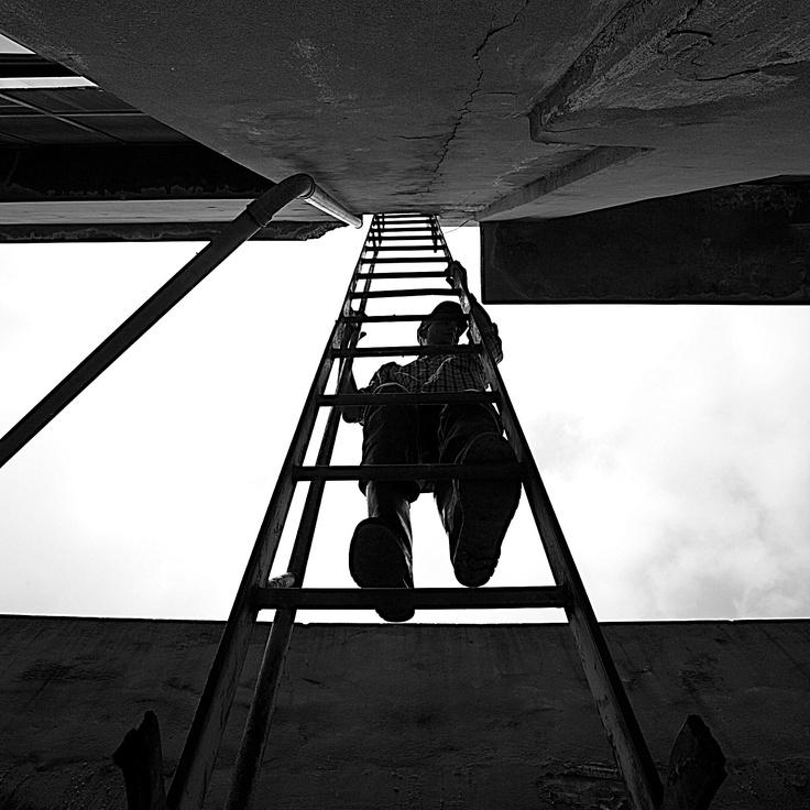 """From below"" - Tribute to Alexander Rodchenko, Serge Najjar"