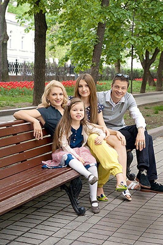 Фотосессия мария порошина с семьей фото