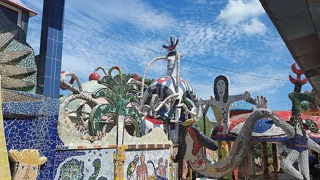Fustalandia, Cuba. Incredible village covered in mozaic!  #art #mozaic #travel #places #thingstodo #streetart #cuba #traveltips #havana #communism #artistic