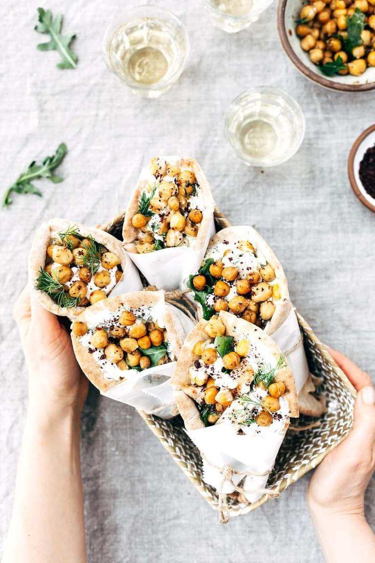 Weeknight Roasted Chicken Pita Wraps with Crispy Chickpeas and Tzatziki #recipe #weeknight #dinner #chicken #chickendinner