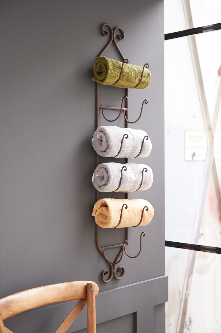 Stilvoller Handtuchhalter.  #living #impressionen #bath