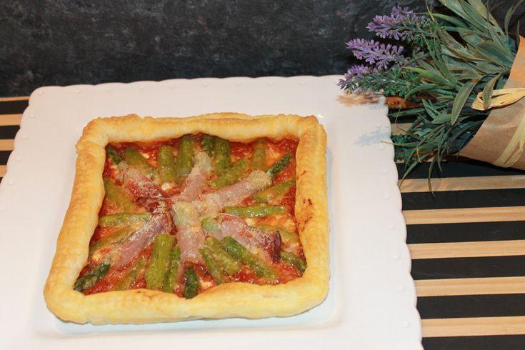ricetta quadro di sfoglia farcito asparagi grana padano speck