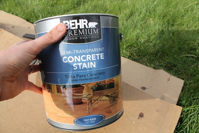 Chris loves Julia: How To Stain A Concrete Patio