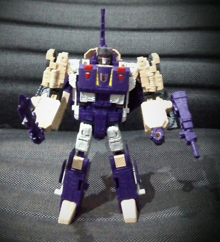 #titansreturn #transformers #hasbro #blitzwing  Replace with the repainted headmaster.
