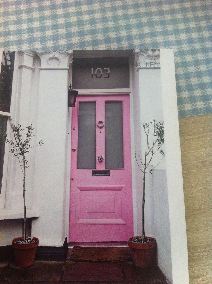 Huisnummer uit plakplastic gesneden