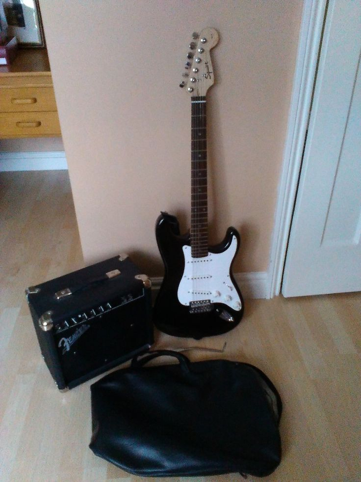 Squier Electric Guitar and Fender amp, excellent condition + extras