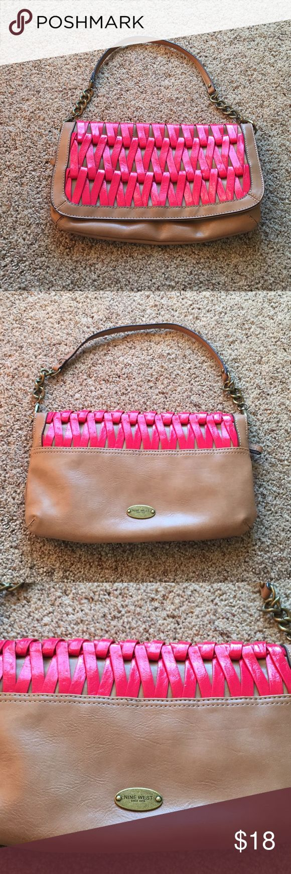 NWOT Nine West purse NWOT Nine West purse | excellent condition as never been used | magnetic closure | 2 inside zippers | great purse for summer Nine West Bags Shoulder Bags
