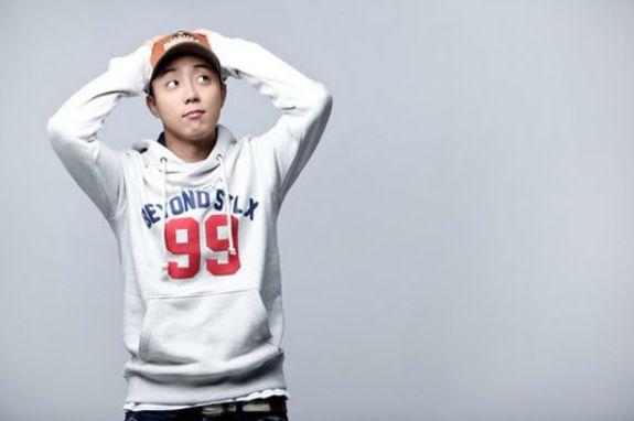 Eun Ji Won gives a message to Sechs Kies fans - http://www.kpopmusic.com/artists/eun-ji-won-makes-a-handwritten-letter-to-sechs-kies-fans.html