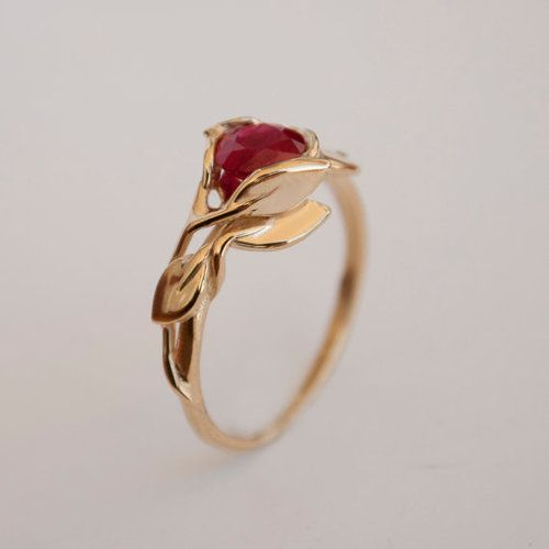 Unique gold and ruby engagement ring #wedding