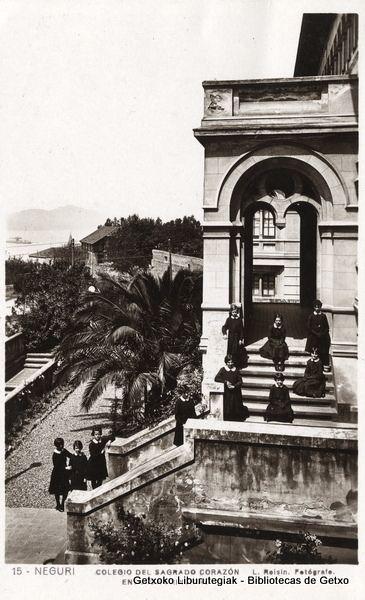 Colegio del Sagrado Corazón en Neguri. Entrada principal  (Cedida por Indalecio Astobiza) (ref. 05945)