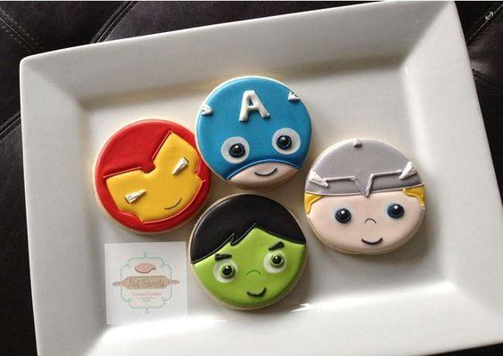 Resultado de imagen para galletas caritas de super heroes
