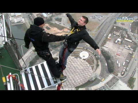 Tallest commercial bunjee jumping in the world! This guy goes off backwards. BUCKET LIST.