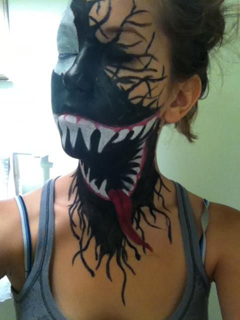 Freaky Venom face paint looks like it's eating the wearer's face: Holiday, Venom Makeup, Halloween Costumes, Awesome, Halloween Makeup, Facepaint, Face Painting, Halloween Ideas, Halloweenmakeup