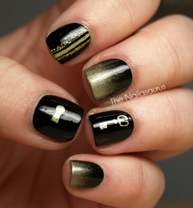 Lock and Key: Old Keys, Blackgold, Nails Art, Gold Nails, Keys Nails, Black Gold, Amazing Nails, Art Nails, Locks And Keys
