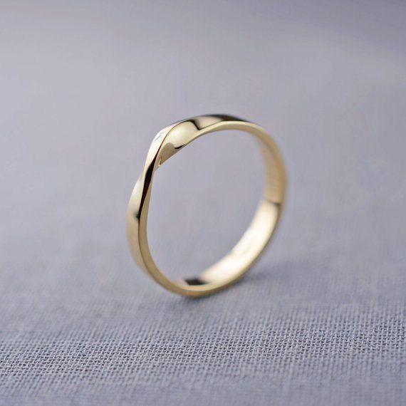 mobius ring | handmade wedding bands | http://emmalinebride.com/jewelry/handmade-wedding-bands/